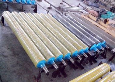 Smooth Surface Rubber Coated Conveyor Rollers , Industrial Rubber Rollers No Swelling